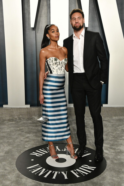 More Pics of Laura Harrier Strapless Dress (1 of 7) - Dresses & Skirts Lookbook - StyleBistro [fashion,clothing,blue,formal wear,dress,suit,shoulder,black-and-white,haute couture,tuxedo,radhika jones - arrivals,radhika jones,klay thompson,laura harrier,l-r,california,beverly hills,wallis annenberg center for the performing arts,oscar party,vanity fair,radhika jones,wallis annenberg center for the performing arts,vanity fair,oscar party,celebrity,hollywood,academy awards,blackkklansman,watch party,party]