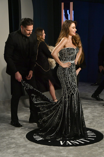 More Pics of Sofia Vergara Long Wavy Cut (1 of 14) - Sofia Vergara Lookbook - StyleBistro [dress,shoulder,fashion,gown,dance,event,fashion model,haute couture,performing arts,joint,radhika jones - arrivals,radhika jones,sof\u00e3a vergara,joe manganiello,l-r,california,beverly hills,wallis annenberg center for the performing arts,oscar party,vanity fair,joe manganiello,sof\u00eda vergara,radhika jones,oscar party,vanity fair,2010 mtv video music awards,wallis annenberg center for the performing arts,tumbledown,actor,party]