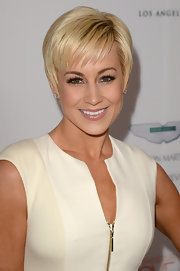 Kellie Picker looked totally chic with this styled pixie.