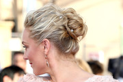 Elisabeth Rohm wore her hair in a swoon-worthy messy-glam twisted bun during the SAG Awards.