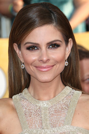 Maria Menounos looked super polished with her sleek side-parted 'do at the SAG Awards.