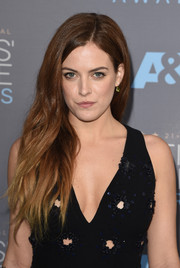 Riley Keough showed off edgy-glam ombre waves at the Critics' Choice Awards.