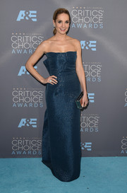 Joanne Froggatt was all about timeless elegance in a shimmery blue strapless gown by Roland Mouret at the Critics' Choice Awards.