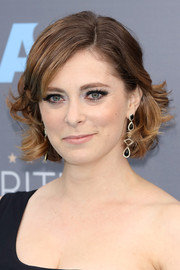 Rachel Bloom looked adorable wearing this curled-out bob at the Critics' Choice Awards.