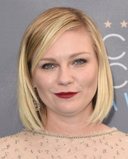 Kirsten Dunst went for a simple, classic bob when she attended the Critics' Choice Awards.