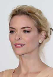 Jaime King topped off her delicate Oscar-party look with elegant diamond studs.