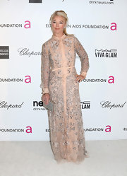 Tamara Beckwith channeled some retro seventies style with a long-sleeved collared dress.