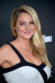 Shailene Woodley completed her look with gold hoop earrings by Alexis Bittar.