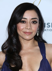 Aimee Garcia wore her hair in loose curls at the NHMC Impact Awards Gala.