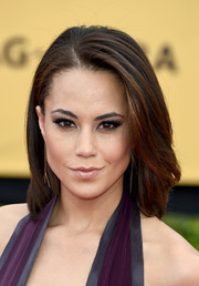 Alex Hudgens sported a simple yet chic mid-length bob at the SAG Awards.