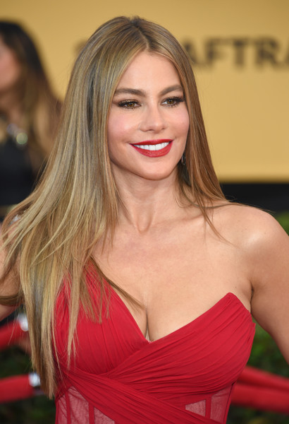 More Pics of Sofia Vergara Red Lipstick (4 of 19) - Sofia Vergara ...