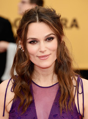 Keira Knightley styled her hair into a messy-wavy half-up 'do for the SAG Awards.