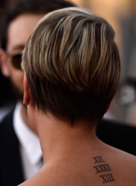 More Pics Of Kaley Cuoco Pixie 2 Of 18 Short Hairstyles Lookbook Stylebistro