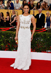 Paula Patton was a charmer at the SAG Awards in a white Aiisha Ramadan gown that was fully beaded in geometric patches with flecks of gold on the bodice.