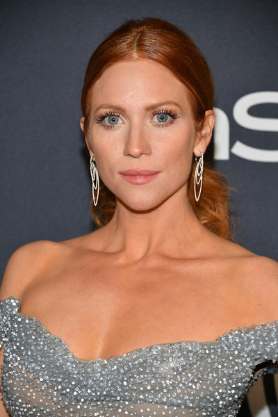 Brittany Snow sported a center-parted ponytail at the Warner Bros. and InStye Golden Globes after-party.