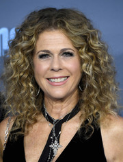 Rita Wilson was fabulously coiffed with this high-volume curly 'do at the Critics' Choice Awards.