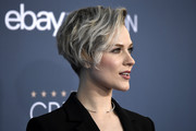 Evan Rachel Wood looked super cool with her messy wedge cut at the Critics' Choice Awards.