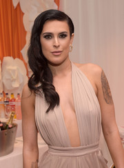 Rumer Willis got all glammed up with this Old Hollywood-style side sweep for the Race to Erase MS event.