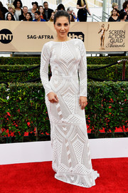 Liz Hernandez was Art Deco-glam in an intricately embroidered white column dress at the SAG Awards.