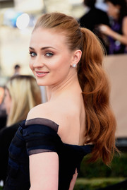 Sophie Turner attended the SAG Awards wearing her hair in a glamorous ponytail.