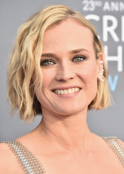 Diane Kruger attended the 2018 Critics' Choice Awards wearing her signature short waves.