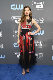 Jessica Biel was vibrant and sexy in a sheer, graphic dress by Oscar de la Renta at the 2018 Critics' Choice Awards.