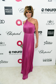 Lisa Rinna looked like a modern-day goddess in a fuchsia one-shoulder gown by Maria Lucia Hohan during Elton John's Oscar-viewing party.
