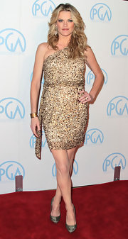 Missi Pyle wore a single-shouldered glittering dress to the Producers Guild Awards.