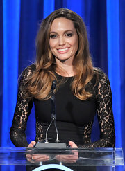 Angelina Jolie wore her tresses in loose waves at the 23rd Annual Producers' Guild Awards.