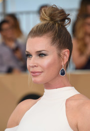 Rebecca Romijn looked funky wearing this top knot at the SAG Awards.