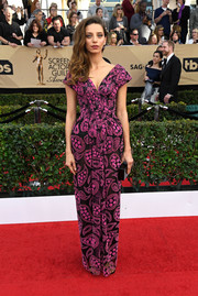 Angela Sarafyan chose a paisley-embroidered pink and black gown by Zac Posen for her SAG Awards look.