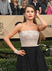 Sofia Vergara coordinated her bedazzled gown with a gorgeous diamond bracelet for the SAG Awards.