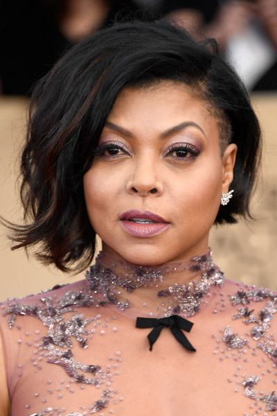 Taraji P. Henson looked super cool with her asymmetrical, half-shaved bob at the SAG Awards.