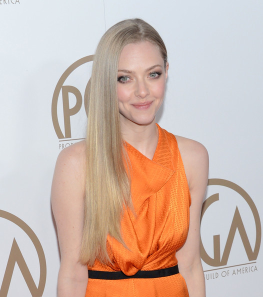 More Pics of Amanda Seyfried Long Side Part (3 of 16) - Hair Lookbook - StyleBistro