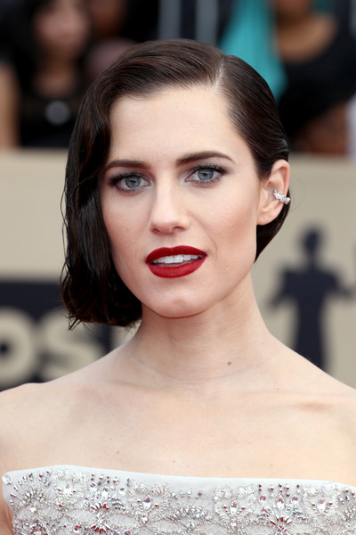 More Pics of Allison Williams Red Lipstick (1 of 11) - Allison Williams Lookbook - StyleBistro [hair,face,lip,eyebrow,skin,hairstyle,shoulder,beauty,chin,head,arrivals,allison williams,screen actors guild awards,los angeles,california,the shrine auditorium]