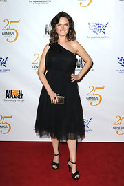 Emily dons a one-shoulder LBD with a jeweled neckline for the Genesis Awards in LA.