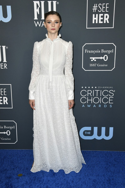 Thomasin McKenzie kept it demure in a long-sleeve white lace gown by Louis Vuitton at the 2020 Critics' Choice Awards.