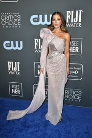 Kate Beckinsale looked like a pageant queen in an embellished lilac one-shoulder gown by Julien x Gabriela at the 2020 Critics' Choice Awards.