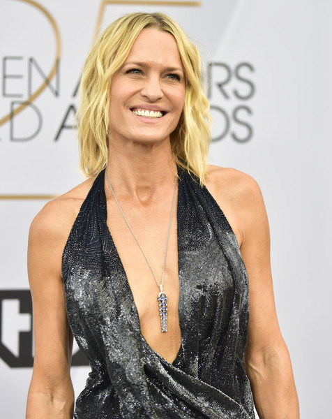 More Pics of Robin Wright Medium Wavy Cut (1 of 6) - Robin Wright Lookbook - StyleBistro [hair,clothing,blond,hairstyle,beauty,dress,long hair,shoulder,carpet,premiere,arrivals,robin wright,screen actors guild awards,california,los angeles,the shrine auditorium,screen actors\u00e2 guild awards]