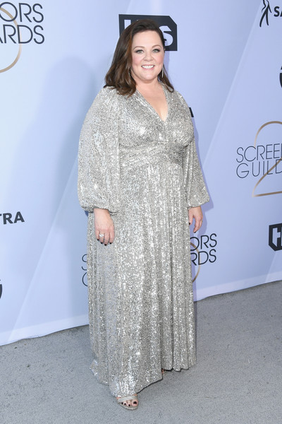 Melissa McCarthy glittered in a silver sequined gown by Iorane at the 2019 SAG Awards.