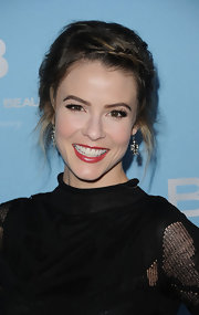 Linsey Godfrey attended the 25th Anniversary Party for 'The Bold and the Beautiful' wearing a shimmering berry-colored lipstick.