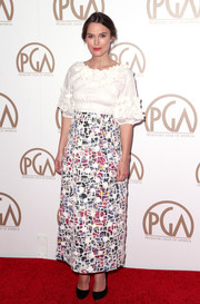 Keira Knightley arrived at the 26th Annual Producers Guild Of America Awards wearing an interesting mosaic print dress with a plain white top.