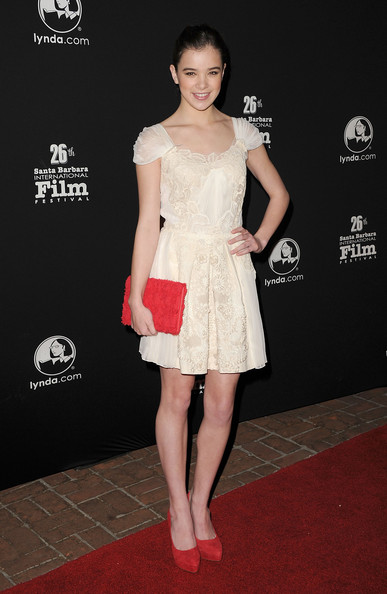 More Pics of Hailee Steinfeld Envelope Clutch  (1 of 40) - Hailee Steinfeld Lookbook - StyleBistro