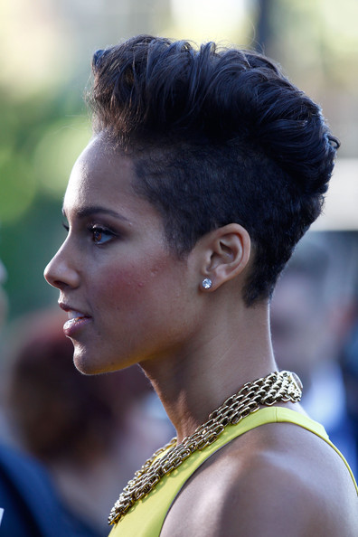 More Pics of Alicia Keys Fauxhawk (1 of 34) - Alicia Keys Lookbook - StyleBistro [hair,hairstyle,beauty,eyebrow,lady,black hair,chin,fashion,chignon,ear,arrivals,alicia keys,sydney,australia,aria awards,the star]