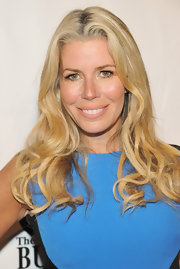 Aviva Drescher wore her long waves down at the 27th Annual Great Sports Legend Dinner.