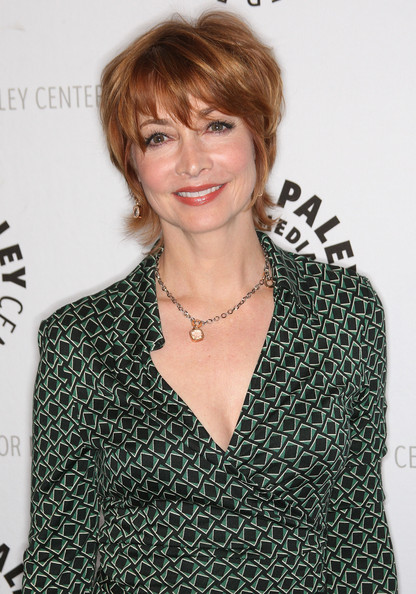 More Pics of Sharon Lawrence Layered Razor Cut (1 of 5) - Short Hairstyles Lookbook - StyleBistro [paleyfest presents ``curb your enthusiasm,hair,hairstyle,blond,brown hair,premiere,bangs,pixie cut,style,crop,fashion design,sharon lawrence,beverly hills,california,saban theatre,paleyfest presents,event]