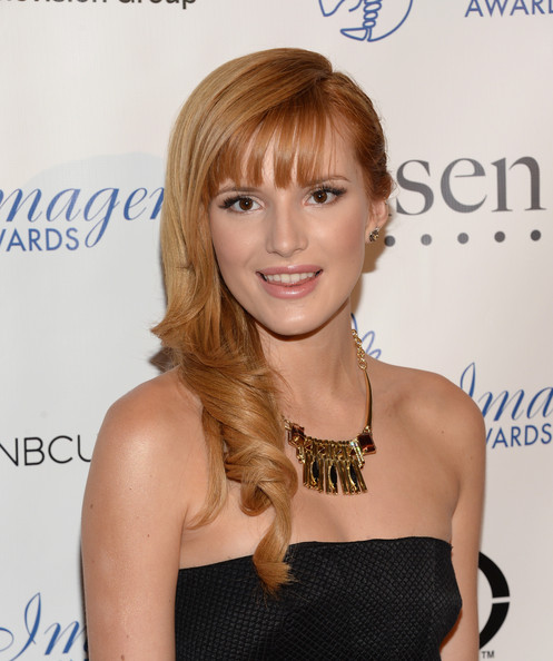 More Pics of Bella Thorne Side Sweep (1 of 14) - Side Sweep Lookbook - StyleBistro