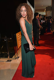 Chaley Rose carried a classic black leather clutch on the red carpet.