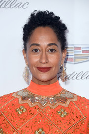 Tracee Ellis Ross complemented her beaded dress with a pair of diamond chandelier earrings by Fernando Jorge.