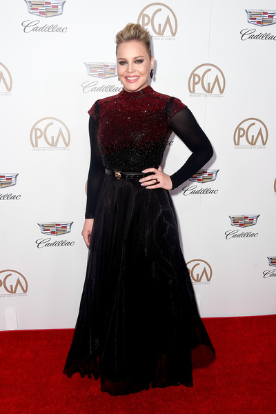 Abbie Cornish was punk-glam at the 2018 Producers Guild Awards in a Vitor Zerbinato gown with an ombre beaded bodice and a full black skirt.